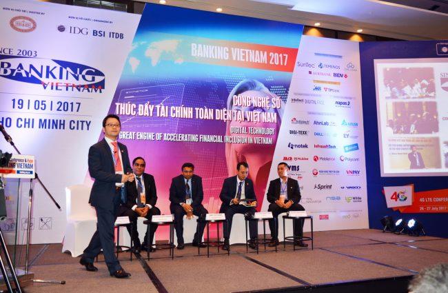 170519-banking-vietnam-129_resize-650x425